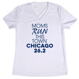 Women's Running Short Sleeve Tech Tee - Moms Run This Town Chicago 26.2