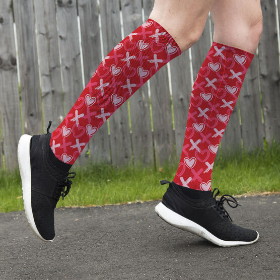 Printed Knee-High Socks - Hearts and Xs