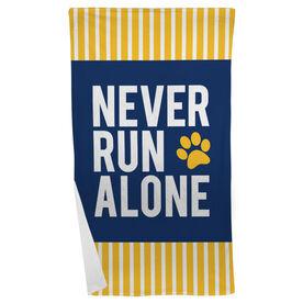Running Beach Towel - Never Run Alone (Bold)