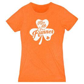 Women's Everyday Runners Tee - Kiss A Lucky Runner