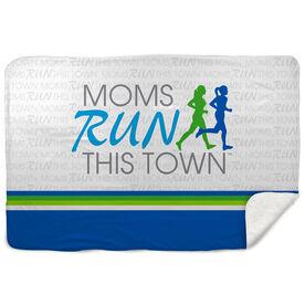 Running Sherpa Fleece Blanket - Moms Run This Town