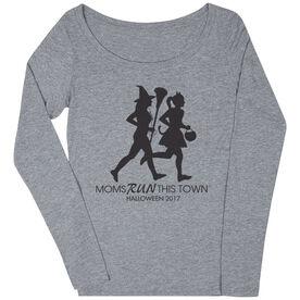 Women's Runner Scoop Neck Long Sleeve Tee - Moms Run This Town Halloween