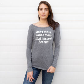 Women's Runner Scoop Neck Long Sleeve Tee - Don't Mess With A Mom