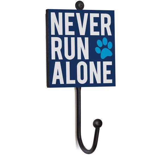 Running Medal Hook - Never Run Alone (Bold)