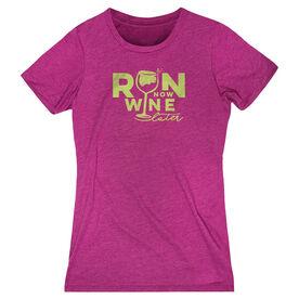 Women's Everyday Runners Tee - Run Now Wine Later (Distressed)