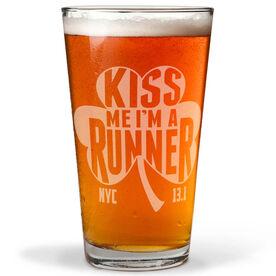 16 oz Beer Pint Glass Kiss Me Shamrock Runner NYC 13.1