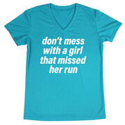 Women's Short Sleeve Tech Tee - Don't Mess With A Girl