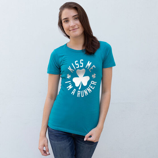 Running Women's Everyday Tee - Kiss Me I am a Runner Shamrock