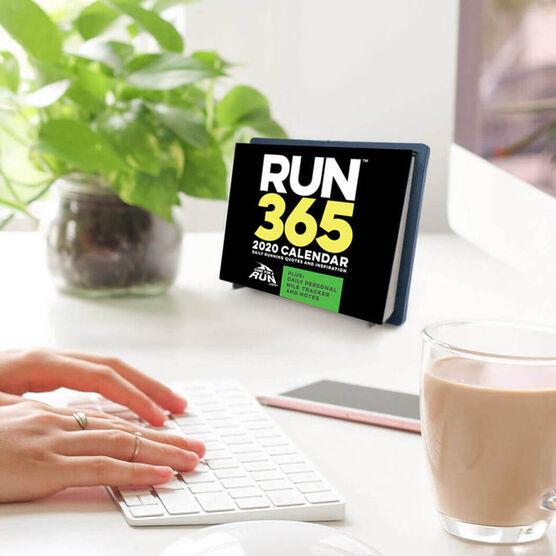 Trail Running Calendario 2020.Runner S 2020 Daily Desk Calendar
