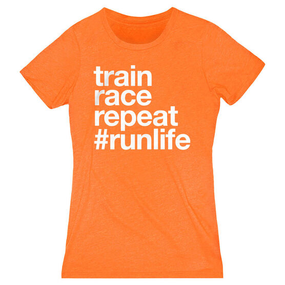 Women's Everyday Runners Tee - Train Race Repeat