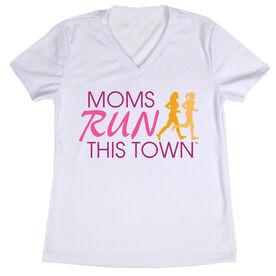 Women's Running Short Sleeve Tech Tee - Moms Run This Town Poppy Logo