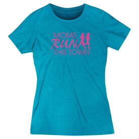 Women's Everyday Runners Tee - Moms Run This Town Logo (Pink)